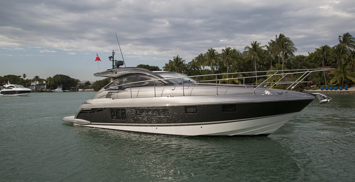 Fairline Targa 38 running off Miami FL